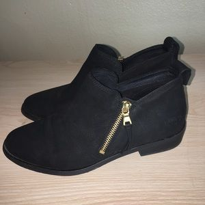 UGG GLEE LEATHER ANKLE BOOTIE